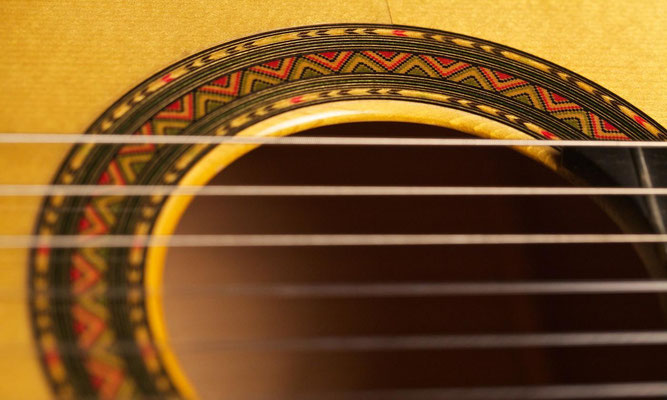 Felipe Conde 2010 - Guitar 5 - Photo 6
