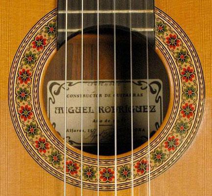 Miguel Rodriguez 1990 - Guitar 1 - Photo 2