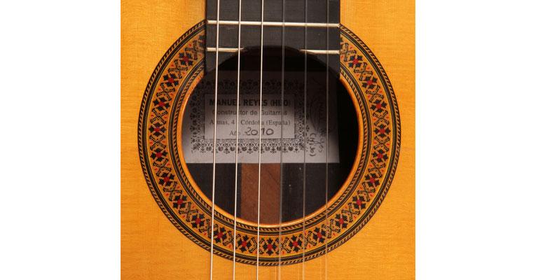 Manuel Reyes Hijo 2010 - Guitar 1 - Photo 6