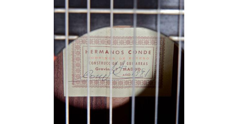 Hermanos Conde 1981 - Guitar 4 - Photo 6