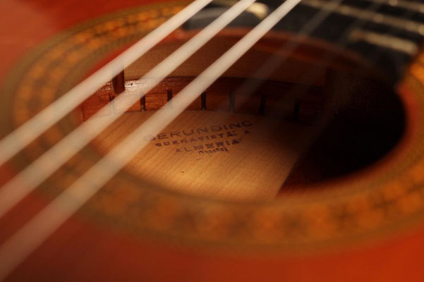 Gerundino Fernandez 1991 - Guitar 4 - Photo 11