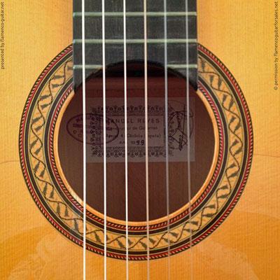MANUEL REYES | GUITAR  GITARRE | 1999  | ROSETTES ROSETTEN