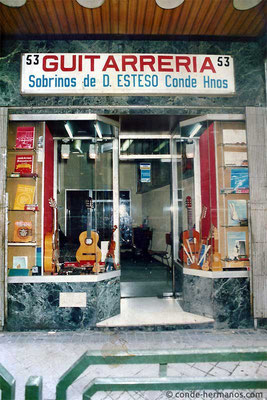 HERMANOS CONDE - SOBRINOS DE DOMINGO ESTESO - SHOP - ATOCHA NO. 53