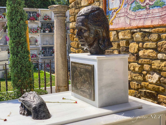 Paco de Lucia Tomb Tumba Grave - Photo 5