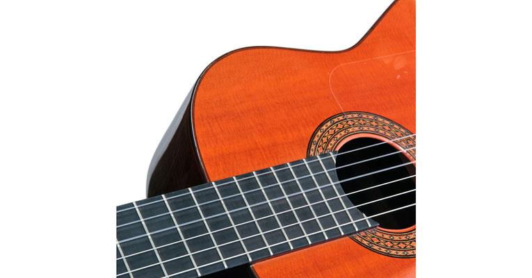 Hermanos Conde 1981 - Guitar 4 - Photo 2