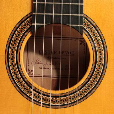 Lester Devoe 2010 - Guitar 3 - Photo 1