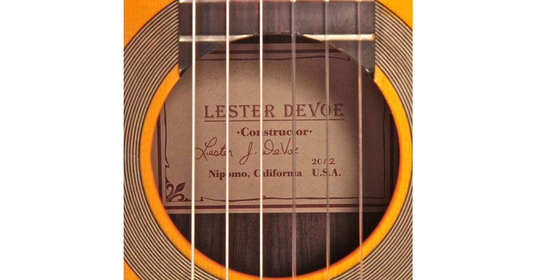 Lester Devoe 2012 - Guitar 2 - Photo 4