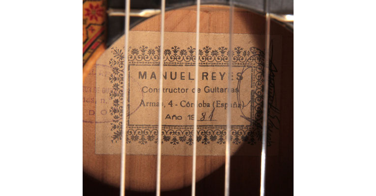 Manuel Reyes 1981 - Guitar 1 - Photo 4
