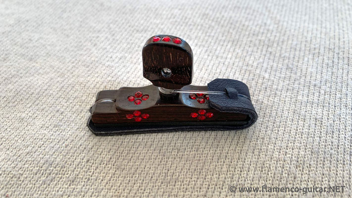 CAPO KAPO CEJILLA SWAROVSKI CRYSTALS - RED