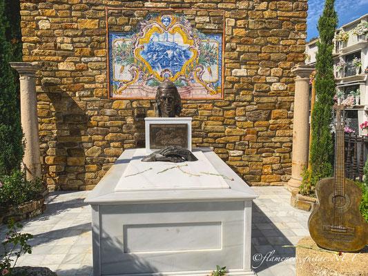 Paco de Lucia Tomb Tumba Grave - Photo 3
