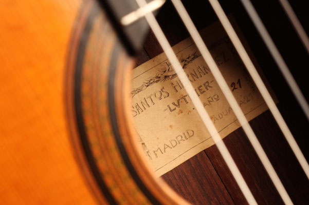 Santos Hernandez 1921 - Guitar 4 - Photo 12