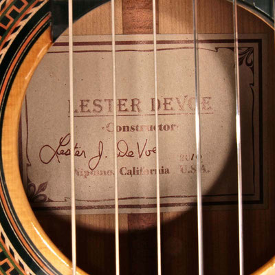 Lester Devoe 2010 - Guitar 3 - Photo 2