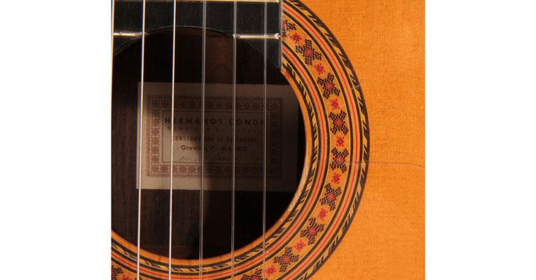 Hermanos Conde 1977 - Guitar 2 - Photo 7