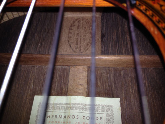 Hermanos Conde 1980 - Guitar 2 - Photo 5