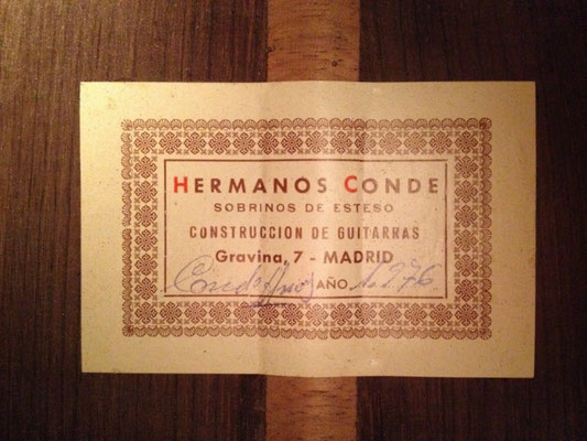 Hermanos Conde 1976 - Guitar 3 - Photo 2