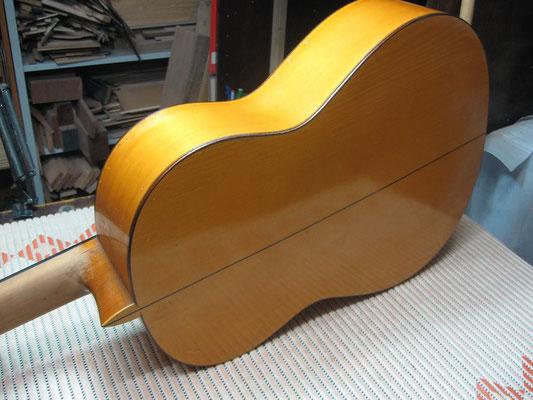 Manuel Reyes 1968 - Guitar 2 - Photo 2