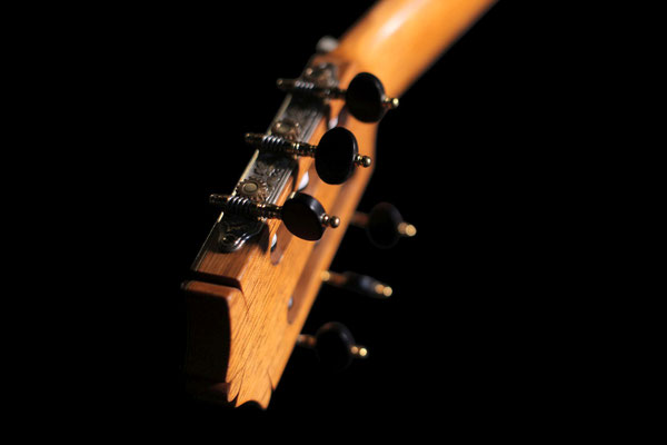 Arcangel Fernandez 2008 - Guitar 1 - Photo 4