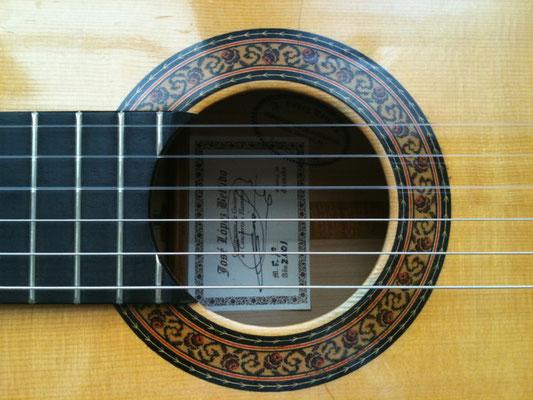 Jose Lopez Bellido 2001 - Guitar 1 - Photo 2