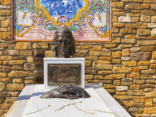 Paco de Lucia Tomb Tumba Grave - Photo 4