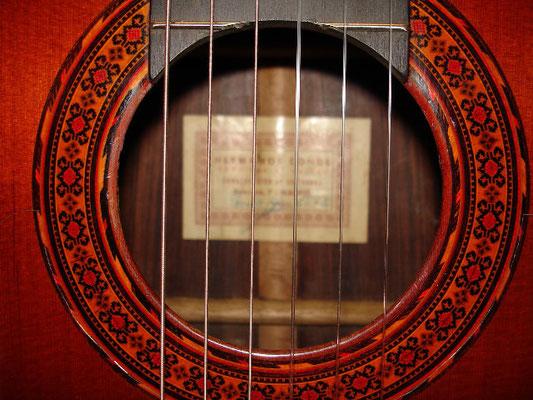 Hermanos Conde 1975 - Guitar 2 - Photo 6