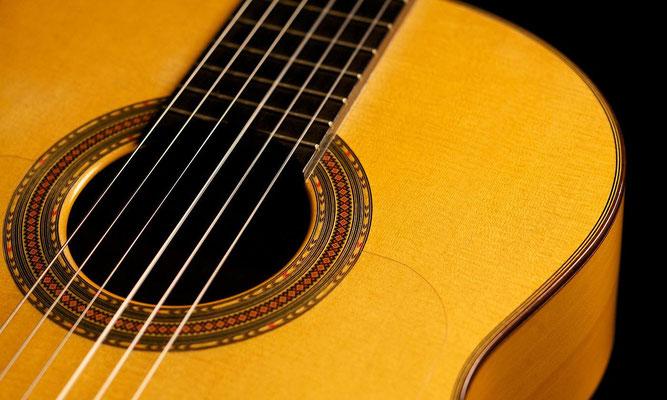 Hermanos Conde 2003 - Guitar 2 - Photo 8