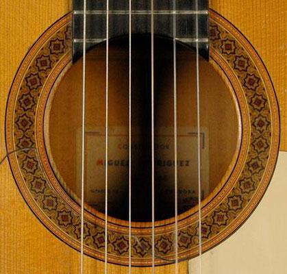 Miguel Rodriguez 1962 - Guitar 2 - Photo 4