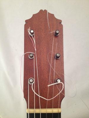 Manuel Reyes 1962 - Guitar 2 - Photo 16