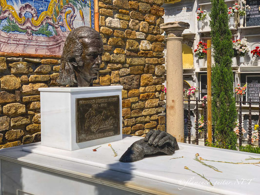 Paco de Lucia Tomb Tumba Grave - Photo 6