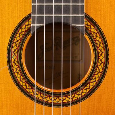 Jose Ramirez 2011 - Guitar 3 - Photo 4