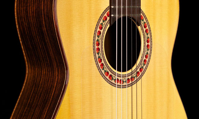 Lester Devoe 2005  - Guitar 1 - Photo 12