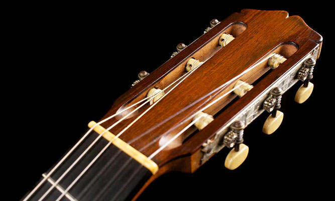 Santos Hernandez 1934 - Guitar 1 - Photo 14