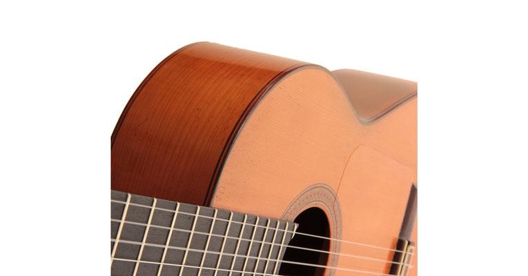 Hermanos Conde - 1966 - Guitar 1 - Photo 9