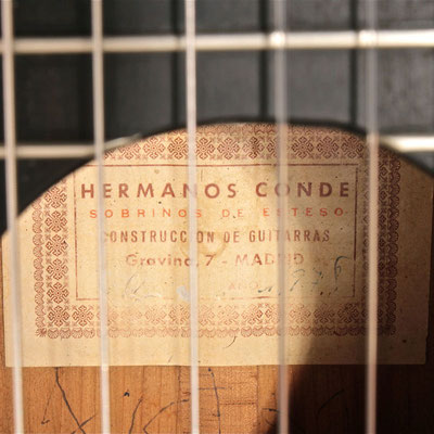 Hermanos Conde 1978 - Guitar 5 - Photo 7