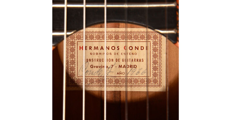 Hermanos Conde - 1966 - Guitar 1 - Photo 6