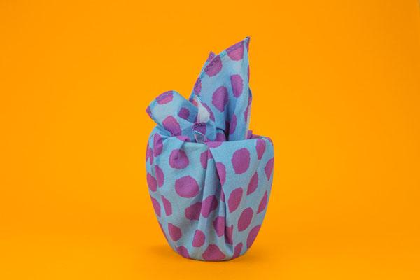 Geschenke mit Stoff einpacken