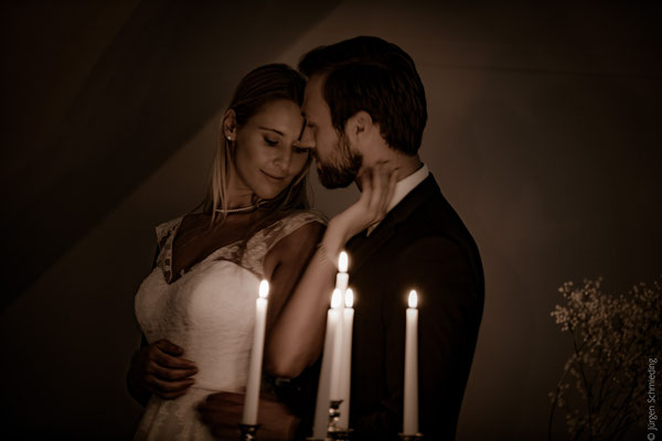Brautpaarshooting-Hochzeitsfotograf-Paarshooting-Lueneburg(17von18)