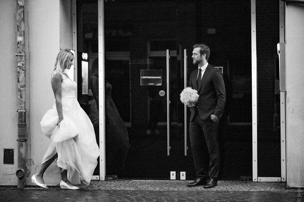 Brautpaarshooting-Hochzeitsfotograf-Paarshooting-Lueneburg(16von18)