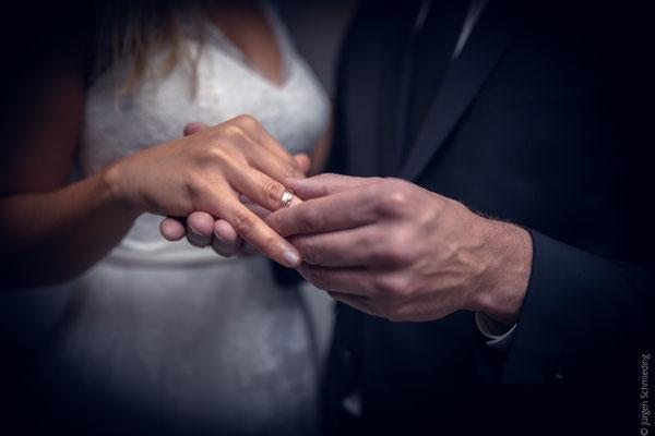 Brautpaarshooting-Hochzeitsfotograf-Paarshooting-Lueneburg(18von18)