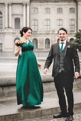 Kleid Anzug Hochzeit