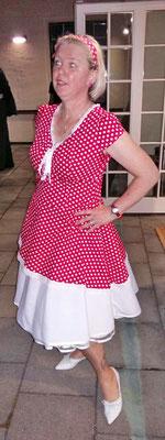 Kleid Petticoat Handmade