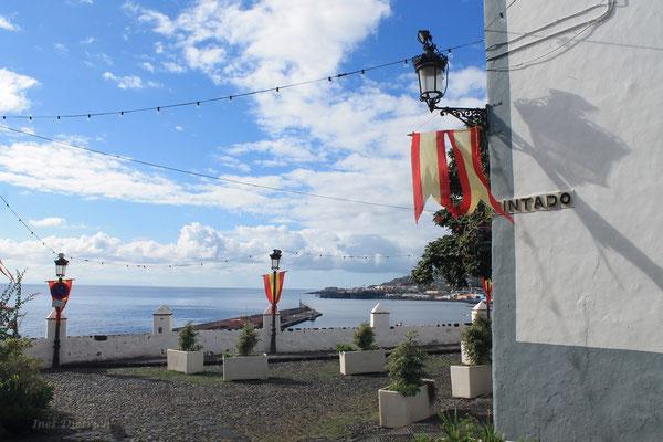 """""""Pintado"""" mit Blick auf den Hafen"""