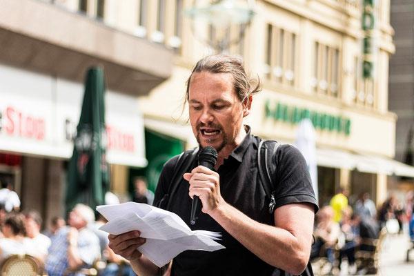 """Redebeitrag auf der Demo """"Schließung aller Schlachthöfe"""" in Dortmund"""