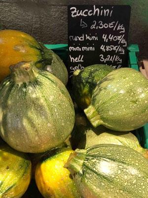 Die Gemüseauswahl variiert nach Saison und was gerade auf den umliegenden Feldern außerhalb Hamburgs wächst.