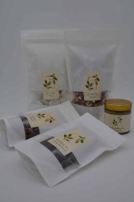 Das süße Mrs T Angebot: Earl Grey Shortbread, Jasmintee Mandeln, Milky Oolong Tee Karamellsauce, Pu Erh Tee Popcorn, Wu Lu Tee Baiser