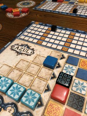 Spiel des Jahres 2017: Azul - ein Brettspiel für 2-4 Personen.