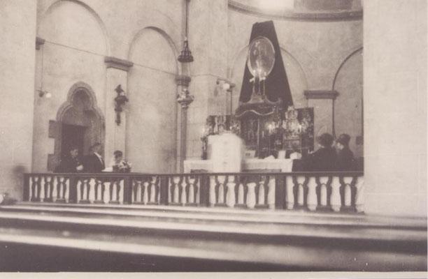 Hochaltar bei einer Hochzeit 1931