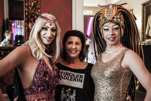 Drag Queen Innsbruck - Sindy Sinful & Tiroler Adlerin & Vanessa Community
