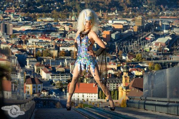 Drag Queen Sindy Sinful mit Fotograf Danijel Jovanovic