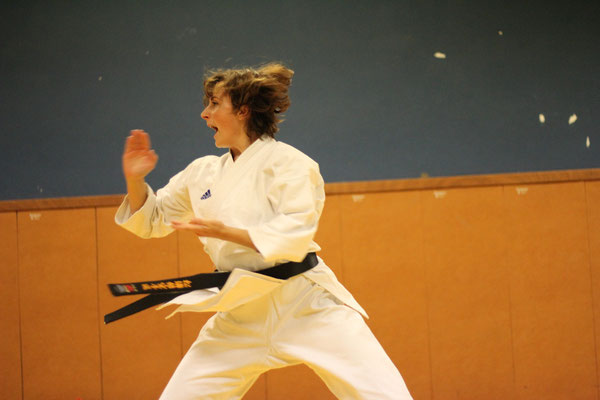 Laure Saint Sernin Karate Toulouse