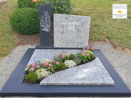 Deutscher Kösseine Granit mit Fischmotiv auf der Teilabdeckung